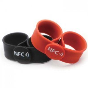 HF - RFID Silicone Wristband OP025 (Clap on wristband) wristban-hf-op025